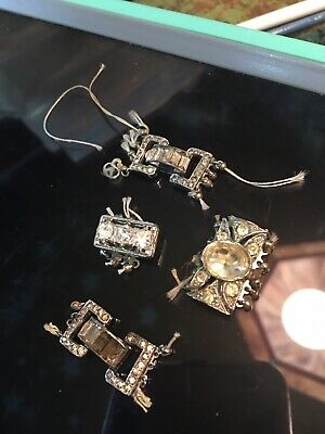 Blingy multi string clasps used