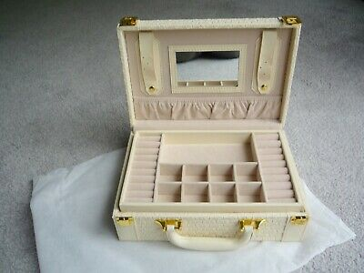 Large Jewellery Case - Lots of Storage Sections - Carrying Handle For Travel