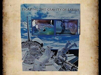 US Scott 3411 Escaping the Gravity of Earth Souvenir Sheet 2 $3.20 Stamps MNH