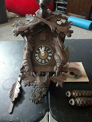 Black forest cuckoo clock hunter