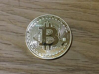 Physical GOLD PLATED BITCOIN Collectors Coin Golf Ball MARKER Poker Chip BTC