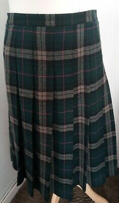 Vintage Jaegar Green Tartan / Plaid Pleated Skirt, Size 16 , Waist 30, Wool