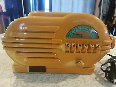 Thomas Collectors Edition CR-3 80s radio cassette replica retro bakelite vgc