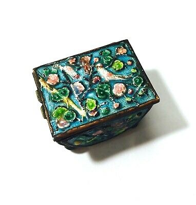 VINTAGE Chinese BRASS ENAMEL CLOISONNE STAMP BOX  BIRDS & FLOWERS