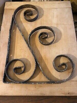 19th C ORIGINAL EARLY OLD WROUGHT IRON SCROLL WORK FORM BRACKET OLD PAINT