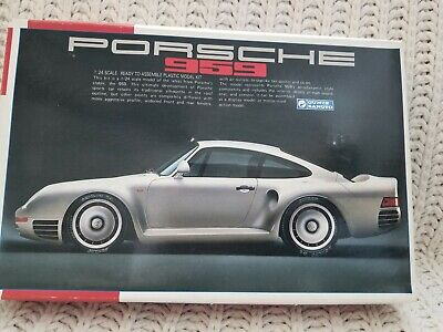G-131 Model Kit-NIB-GOOD!-Auto 1//24 Gunze Sangyo Maserati Merak SS Complete