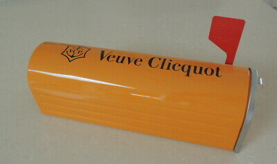 Veuve Clicquot Mail Box Champagne Carrier
