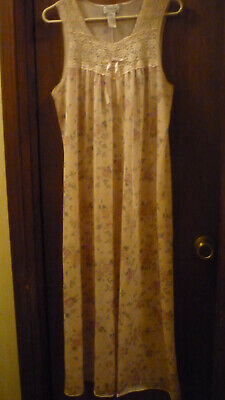 VANITY FAIR sleeveless Pink Floral nightgown size Med