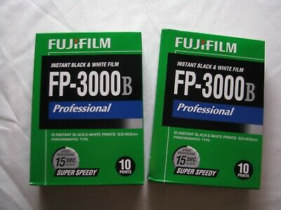 FUJIFILM FP-3000B 3.34 x 4.25 Instant Black and White Film. 2 packs. (LOT A)
