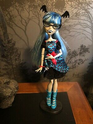 Freaky Fusion Ghoulia Yelps Lolita Style Monster High Doll