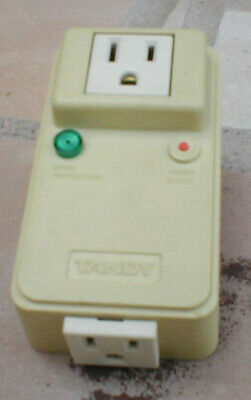 TANDY 26-1395A Two Outlet Power Spike Protector 120VAC 60Hz 10A