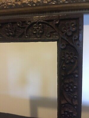 Superb Quality Hand Carved Wood Foliate And Floral Antique/Vintage Picture Frame