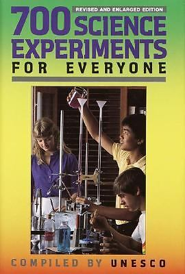 700 Science Experiments for Everyone, Unesco, Good Book