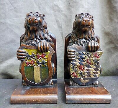 2 VERY Nice Antique wood carvings of lions, Book stand Dutch 18th.19th. century