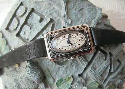 Elgin Art Deco Ladies' Enamelled 14K Wristwatch, 1920'S