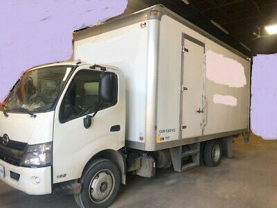 HINO 195 D Utility truck- 2016 - for Concrete Cutting