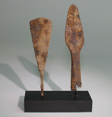 2 x ANCIENT VIKING IRON ARROW HEADS - DATING CIRCA - 9th Century AD    (112)