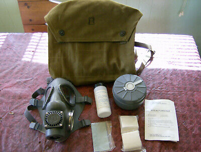 Finnish Military Gas Mask - Complete Kit With Bag / New Old Stock