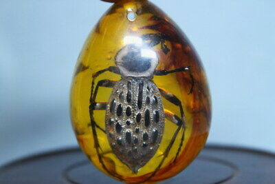 Decoration Collectable Handwork Amber Inlay Beatles Auspicious Elegant Pendant
