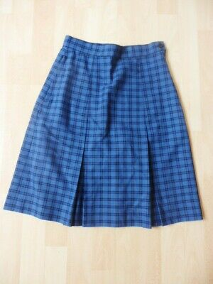 "New Bedford Check Box Pleat Waist 24"" Length 20"""