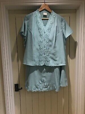 Eastex Ladies Duck Egg Two Piece Size 20