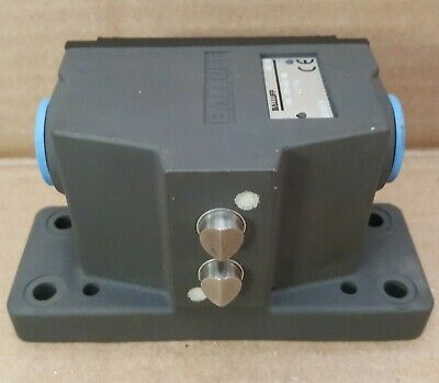 Balluff Series 62 2-Plunger Mechanical Limit Switch | Chisel Point-Snap Contact
