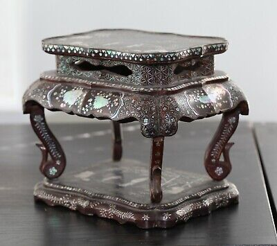 Antique Chinese carved ryukyuan lacquer stand, 18th century, Qing Dynasty, RARE