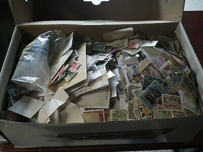 WORLD stamp collection - 1.5 kg - OFF paper - mix - kiloware - sorting lot.