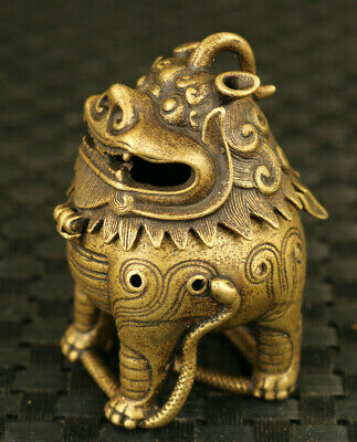 chinese old bronze hand carved lion VS snake statue incense burner ornament art