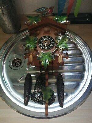 Retro Collectable/Antique German/Black Forest Cookoo Clock 99P Bargain