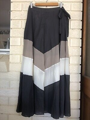JETS BY JESSIKA ALLEN Maxi Wrap skirt Size M Colour: Smoke/Taupe/Cream