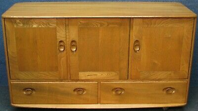 1950s Ercol Solid Elm Windsor 429 Low Sideboard Or Cabinet