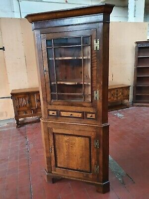Antique/Reproduction Stunning Large Georgian Style Oak Corner Display Cabinet