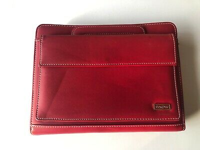Franklin Covey Day One Red Faux Leather Zipper Classic Handle Planner Binder