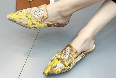Women's Gold Velvet Pointed Flat Embroidered Flower Slippers Large Size 41 New