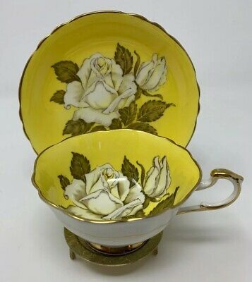 Paragon White Cabbage Rose Yellow Teacup Tea Cup Saucer Bone China Queen Mary