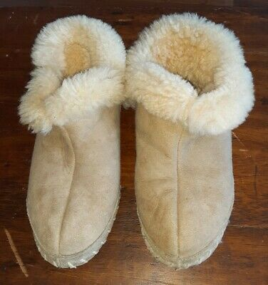 Womens Lands End Size 7B Tan Bootie Slippers Ankle Suede Sherpa Lined (HH)