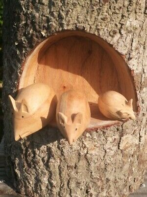 Wooden Mouse Mice Set Of 3 In a Log