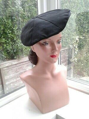 1940s Black Ribbed 'Beret Style' Hat