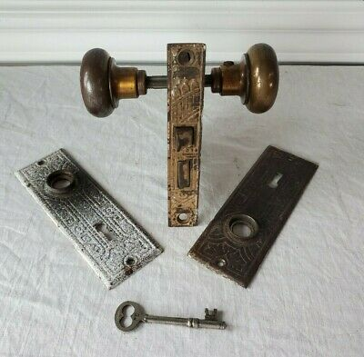 Antique EASTLAKE MORTISE Door Knob  Lock Hardware Set w/ Key Keyhole Backplates