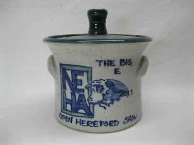 Big E Hereford Show Cow Cattle Prize Trophy Great Bay Pottery Blue Stoneware