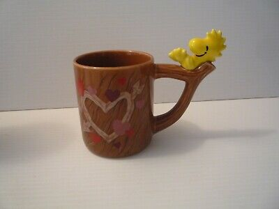Vintage Peanuts Snoopy Ceramic Mug Cup Woodstock on Branch with heart