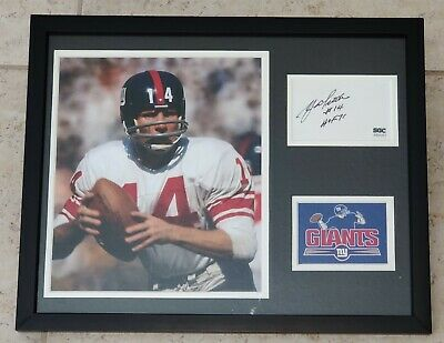 GIANTS YA TITTLE AUTHENTIC Signed Autographed NFL FOOTBALL FRAMED PHOTO SGC