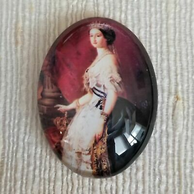 Glass Butterfly Cabochon Oval Beige Cameo 40 x 30 mm Vintage