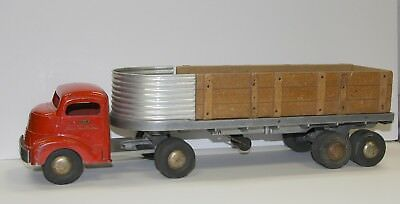 "Smith Miller ""Smitty Toys"" Flatbed Semi Truck Very Nice Condition"