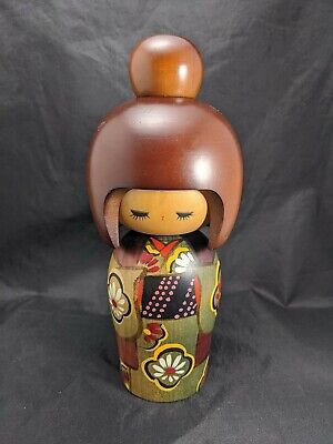 "9"" Tall Authentic Japanese Kokeshi Doll Green Floral Kimono Painted Wood"