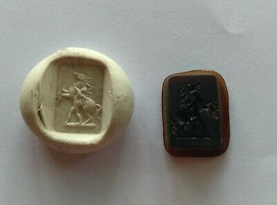 19 th  Amber Glass Intaglio Seal    Rearing Horse and Gladiator    #09052048