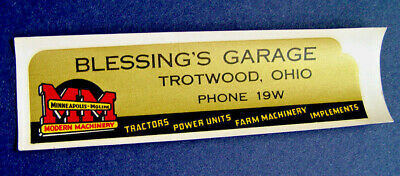 NEAR MINT 1940's MM MINNEAPOLIS MOLINE MODERN MACHINERY ADVERTISING SIGN DECAL