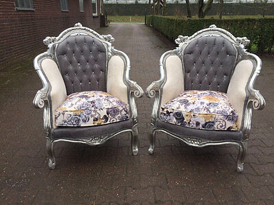 Antique Beautiful Complete Set Of Two Chairs In Italian Style