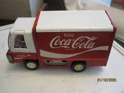 Vintage  buddy Red/White Coca-Cola Truck 1970s